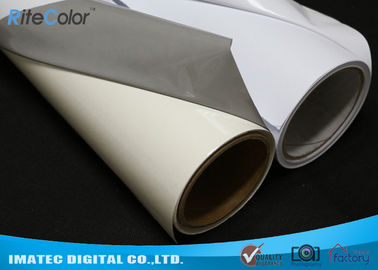 Chiny Aqueous Inkjet Media Supplies Grey Base Waterproof Self - Adhesive Matte PVC Vinyl roll fabryka